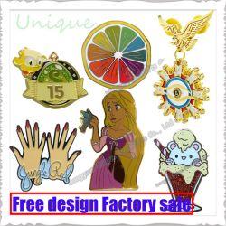 Il metallo di modo di promozione del campione libero perfezionamento il Pin del risvolto del distintivo del tasto di carnevale dell'emblema per i regali della decorazione del sacchetto