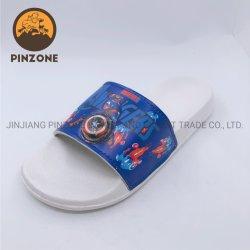 報復者LEDの軽い夏のスリッパの子供の英雄の子供のスライドの方法靴