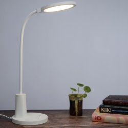 مصباح طاولة مكتب LED للدراسة مع منفذ شحن USB