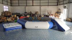 Le lac sautant sport de l'eau gonflable Trampoline Bouncer avec la diapositive