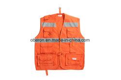 Красный и оранжевый работников безопасности светоотражающей лентой строительство Майка безопасности
