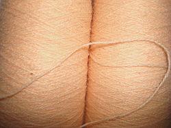 100% 아크릴 착색된 털실 (캐시미어 천은 털실을 좋아한다)