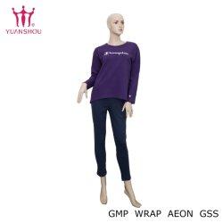 女性の刺繍のKnittied Homewearのパジャマのスーツ