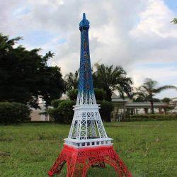 Jardín personalizados pintura metálica estatua de oro de la Torre Eiffel con luces LED