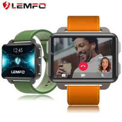 Lemfo Lem4のプロ人間の特徴をもつスマートな腕時計の電話1GB 16GB 1200 mAh電池サポートGPS WiFi Nano SIMカード130WのカメラMP4 3G Smartwatch