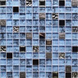フォーシャンの高品質の青いカラー高温発砲の組合せ金属およびガラスのモザイク浴室のタイルM823105-B