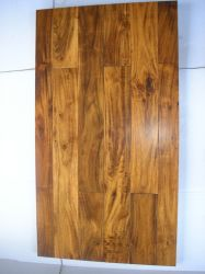 Piccola pavimentazione del legno duro dell'acacia del foglio (pavimentazione costruita)