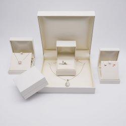 カスタムプラスチック包む豪華なペーパーおよび内部の柔らかいタッチPUの宝石類のギフトの表示収納箱包装の一定ボックス