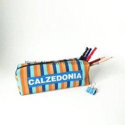 カラーは独創性の鉛筆袋のCalzedoniaの文房具の袋を縞で飾る