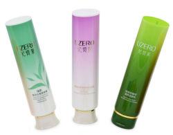 El tubo de embalaje de plástico cosmético suave para el cuidado de la piel con la tapa