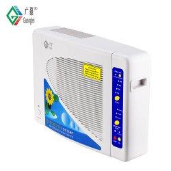 En la pared del absorbedor de humo purificador de aire con filtro HEPA