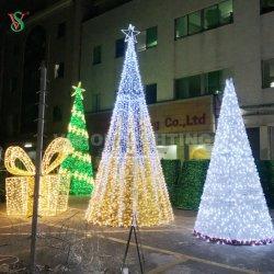 Großes im Freien 3D LED Weihnachtskegel-Baum-Licht mit Girlande
