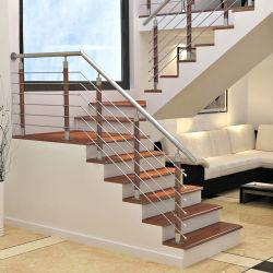 ステンレス鋼の建築材料のガラスおよび管の柵の鋼鉄木製のステアケース