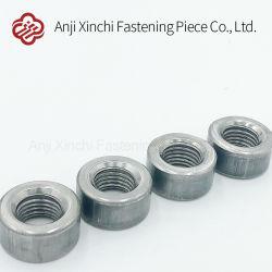 炭素鋼の円形のナットの自動車ハードウェアのアクセサリの締める物