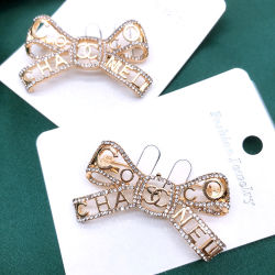 有名なブランド Cc GG の方法イヤリングの水晶イヤリングのネックレス Brooch ファッションジュエリー