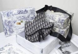 2020 Mode Schwarz Hangbag mit Regenbogen Griff Frauen Tasche klein Vintage Umhängetasche Lady Bag