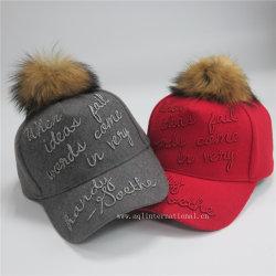 Metallische Gewinde-Stickerei-Filz-Baseballmütze-Hüte mit realem Pelz