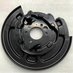 Chery E5のリヤ・ブレーキの床アセンブリブレーキパックの版ブレーキディスク部品を押す構成の自動車ドラムシャーシの付属品ブレーキ底板の金属