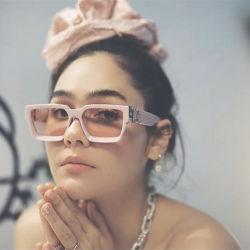 Eugenia épais de luxe Custom Brand designer surdimensionnée Couleur de bonbons Big Frame Ins Fashion femmes hommes carré de la rivière Sun en verre de lunettes de soleil