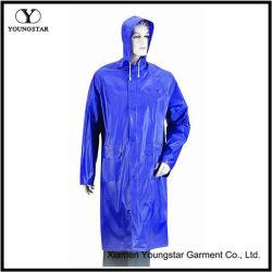 Couleur bleu manteau de pluie Étanche en PVC avec capot