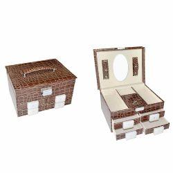Bien à plat en bois vernis Boîte de rangement pour bijoux