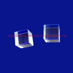 50 × 50 × 50mm OEM ガラスレンズ精密機器用光学プリズム