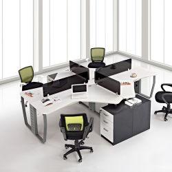 工場ではモダンな木製コールセンター家具パーティション家具、コンピュータースタッフ 卓上テーブルワークステーションオフィスのキュービクル