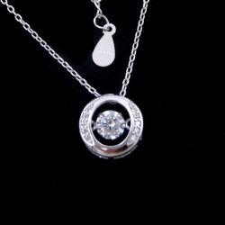 ダンサーのための特別なCZの石造りの純銀製の円形の整形ダンスのダイヤモンドネックレス