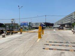 Автомобильная стоянка ограждения стрелы барьер автоматические ворота барьера яркий автоматического доступа в автомобиль