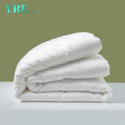 Fabriqué en Chine prix d'usine Hôtel couette en coton de la Courtepointe douceur oreiller en duvet et literie