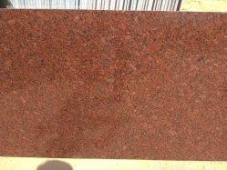 L'India ha lucidato/lastre di pietra smerigliatrice/fiammeggiate tagliate per graduare il nuovo granito secondo la misura rosso imperiale delle mattonelle per il rivestimento per pavimenti del rivestimento interno della parete esterna/pavimentare