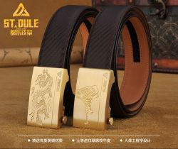 Zodíaco chinês automática de latão vaca da caixa de travamento de cinto de couro para homens