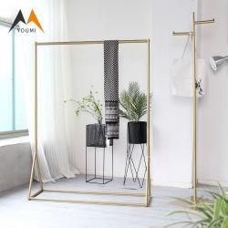 На заводе оптовой современных металлических золотой одежде дисплей стойки одежды