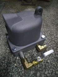 PA-11内部自動下水管のねじ空気圧縮機の部品のための自動タイマーの排水栓