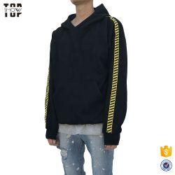 Terry francês 100% algodão Blusa com capuz Homem com listras pretas na luva