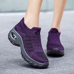 La mujer moderna fábrica de tejidos de diseño ligero resbalón en la ejecución de Casual Sport Stock Zapatos de baile