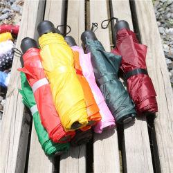 Kreativer Regenschirm-Geliebt-Check-Regenschirm-kreativer kurzer Griff-beweglicher mini dreifacher faltender Regenschirm des Regenschirm-8 Bone-in