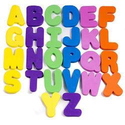 Las letras del abecedario y números de espuma EVA en el baño con bañera de juguetes para niños juguetes de baño para niños juguetes de baño de cartas