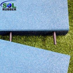 屋外のゴム製タイルのセリウムによって証明される運動場のゴム製床のマット