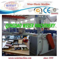 Le WPC PVC plafond intérieure de la machine de production de Profil de la série