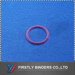 Un libro de plástico Ring Binder
