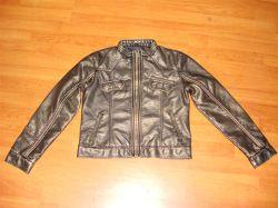 Фальшивые одежды из натуральной кожи