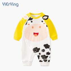 Diseño de la vaca al por mayor de primavera/otoño pijamas de algodón de manga larga para bebé recién nacido