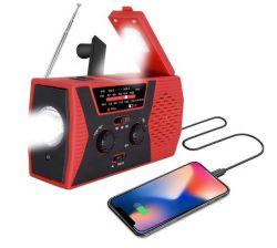 2000mAh Solar Portátil à prova de rádio e carregador de manivela com a lanterna luz de leitura Am FM