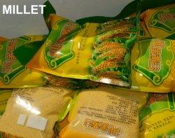 عضويّة وخضراء سلينيوم دخن جدّا تغطية يغذّي أصفر يقشر دخن