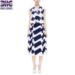 La mujer 100% seda pliegue lateral elegante marina y la impresión de la onda blanca falda MIDI de moda para dama