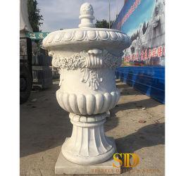Стороны резного большого размера из белого мрамора камня Urn сеялки для использования вне помещения оформлены в саду