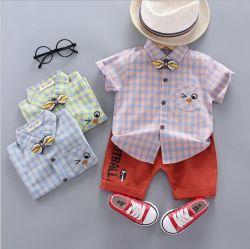 Детей мальчиков летом 0-4 лет малыша петличный Клетчатую короткое замыкание Bowknot кофта + брюки костюм одежда