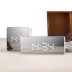 Orologio di specchio alla moda della sveglia LED Digital del calendario della camera da letto