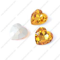 Perles de verre en cristal forme de coeur pour la bijouterie de fantaisie Poignée de commande